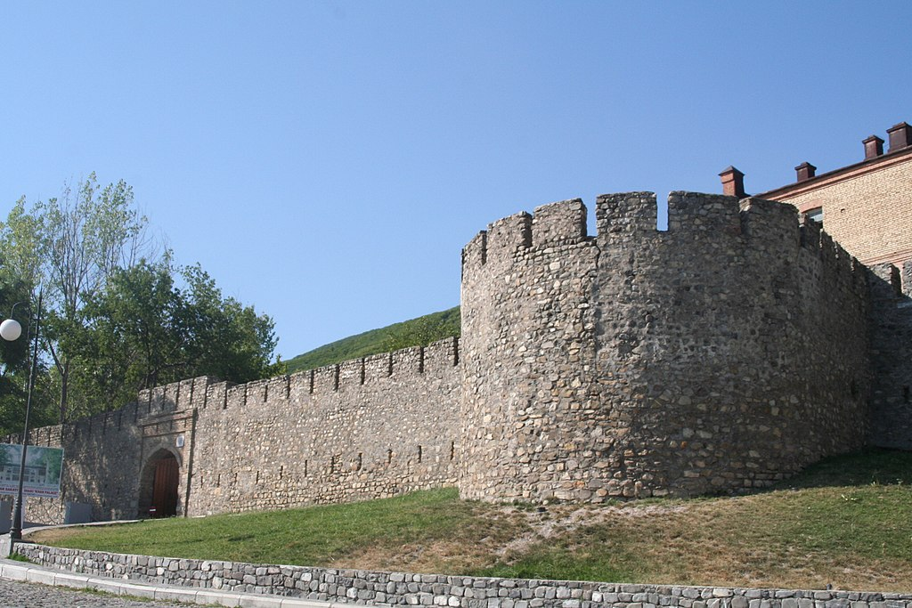 Fortress of Shaki.JPG