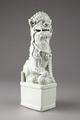 Fos hund, vaktare av Buddhas altare, gjord av porslin i Kina på 1600-talet - Hallwylska museet - 95536.tif