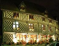 France Eure et Loir Chartres Maison a colombage.jpg