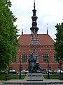 Gdańsk, Ratusz Starego Miasta i pomnik Jana Heweliusza (panoramio 76417805).jpg