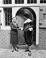 Geboortehuis van Rembrandt te Leiden, mevrouw Van Kinschot-Dorhout Mees, Bestanddeelnr 915-1572.jpg