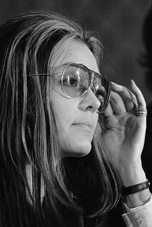 History of the United States (1964–80) - Gloria Steinem at a meeting of the Women's Action Alliance, 1972