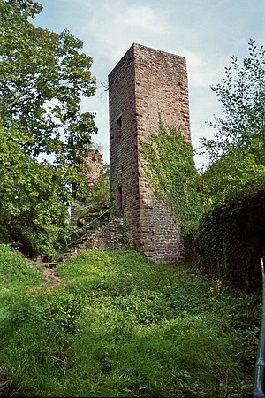 Château de Greifenstein - Central tower, probably part of Grand-Greifenstein