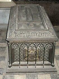 Grave Paul Friedrich Mecklenburg-Schwerin.jpg