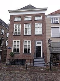 Grave Rijksmonument 17308 Rogstraat 47.JPG