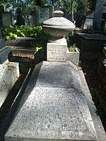 Grave of Janovics Jenő and Poór Lili.jpg