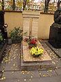 Hřbitov Malvazinky (037).jpg