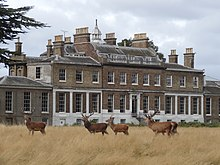 Hampton Court House from Bushy Park 04.jpg