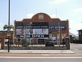Hawes and Curtis outlet store. 590 Green Lanes London N8 - panoramio.jpg