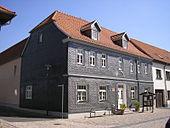 Geburtshaus Heinses in Langewiesen, heute Museum (Quelle: Wikimedia)