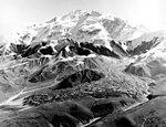 Herron Glacier, valley glacier, 1957 (GLACIERS 5139).jpg