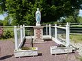 Heudreville-en-Lieuvin (Eure, Fr) statue de la Vierge.JPG