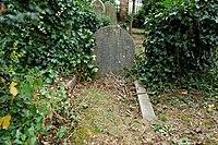 Highgate Cemetery - East - William Kingdon Clifford 01.jpg