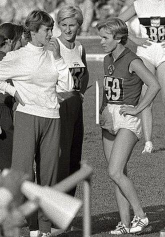Vera Krepkina - Vera Krepkina (right) at the 1960 Olympics