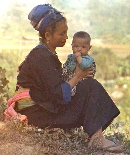 Hmong woman and child at Long Tieng, Laos military base in 1973. Hmong woman and child in Laos 1973.jpg