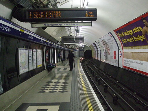Holborn station Piccadilly eastbound look west
