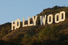 220px-HollywoodSignJAN09.jpg