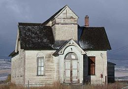 House on U.S. Highway 89 west of Montpelier, Idaho.jpg