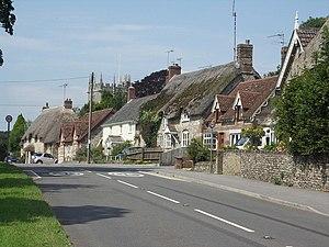 Frampton, Dorset - Image: Houses in Frampton geograph.org.uk 534056