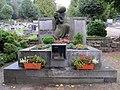 Hronov hrob Jirasek 2.JPG