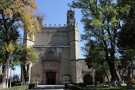 The Convento de San Miguel Arcangel in Huejotzingo, part of the Monasteries on the slopes of Popocatepetl. Huejotzingo.jpg