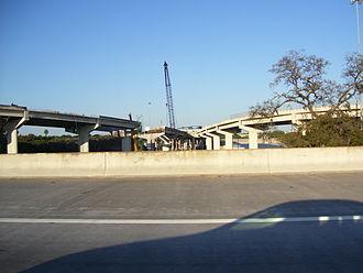 Interstate 375 (Florida) - The I-275/I-375 junction during reconstruction of the damaged flyover (left)