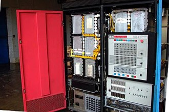 IBM 1800 Data Acquisition and Control System - IBM 1800 with its covers open