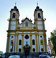 Innsbruck Basilika Unserer Lieben Frau Fassade.jpg