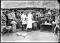 Intervencion quirurgica al aire libre en la revolución de 1904.jpg