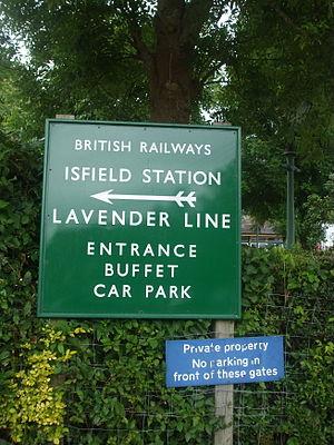 Isfield railway station - Signage