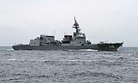 المارد الياباني يداعب التنين الصيني ...الحاملة  Izumo-class التي ليست حاملة !! - صفحة 4 200px-JS_Akizuki_in_the_Sagami_Bay_during_the_SDF_Fleet_Review_2012%2C_-14_Oct._2012_a