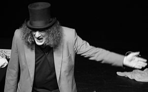 Jerry Sadowitz - Image: Jerry Sadowitz at the Greenock Arts Guild cropped
