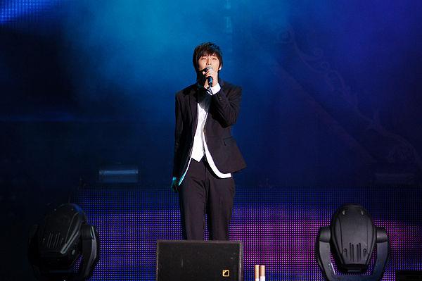 South Korean male singers