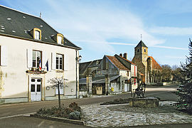 The town hall and church in Joux-la-Ville