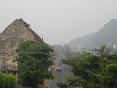 Kabut asap dekat Muaro di Padang.JPG