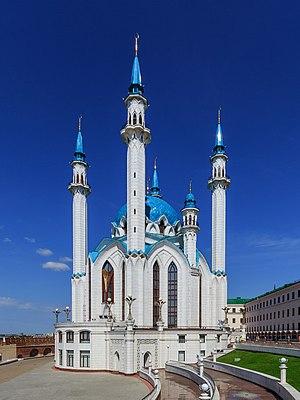 Qolşärif Mosque - Image: Kazan Kremlin Qolsharif Mosque 08 2016 img 1