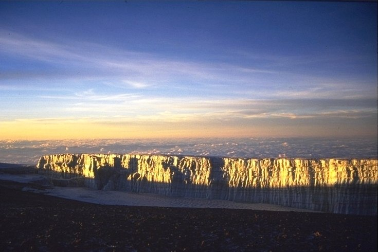 Kilimanjaro sunrise at GillmanPoint(1)