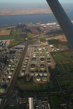 A160 road - Aerial view of Humber Refinery and Immingham docks The A160 can be seen up the right hand side