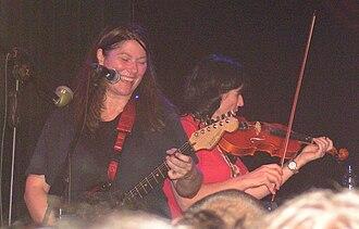 "Kelley Deal - Kim and Kelley Deal playing ""Drivin' on 9,"" Zappa club, Tel Aviv, August 22, 2008"