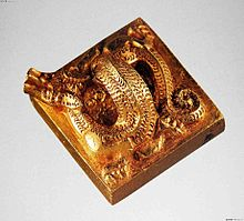King of Nanyue imperial seal knob top.jpg