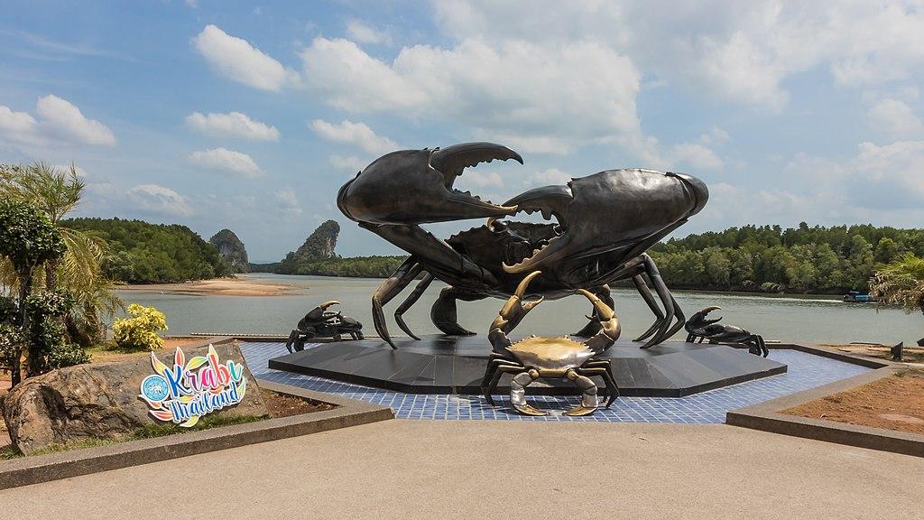 Krabi - Krabbenskulptur - 0001