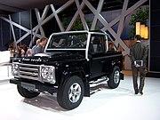 Land Rover Defender - Flickr - Alan D