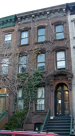 Langston-hughes-house-20e127.jpg
