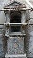 Larario a mosaico della casa dello scheletro.jpg