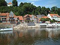 Lauenburg Altstadt vom Wasser aus gesehen - panoramio - Arnold Schott (2).jpg