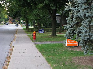 Ontario general election, 2007 - Lawn signs for local candidates in Hamilton Mountain
