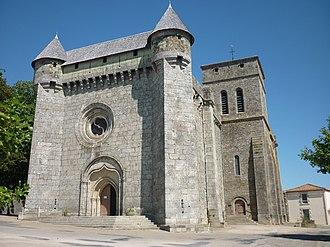 Le Boupère - Fortified church of Saint-Pierre, in Le Boupère