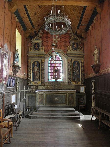 Chœur de l'église Saint-Loup du Lou-du-Lac (35).