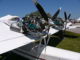 Rotax 912 - Pusher engine installation of two Rotax 912ULSs in a Lockwood Aircam
