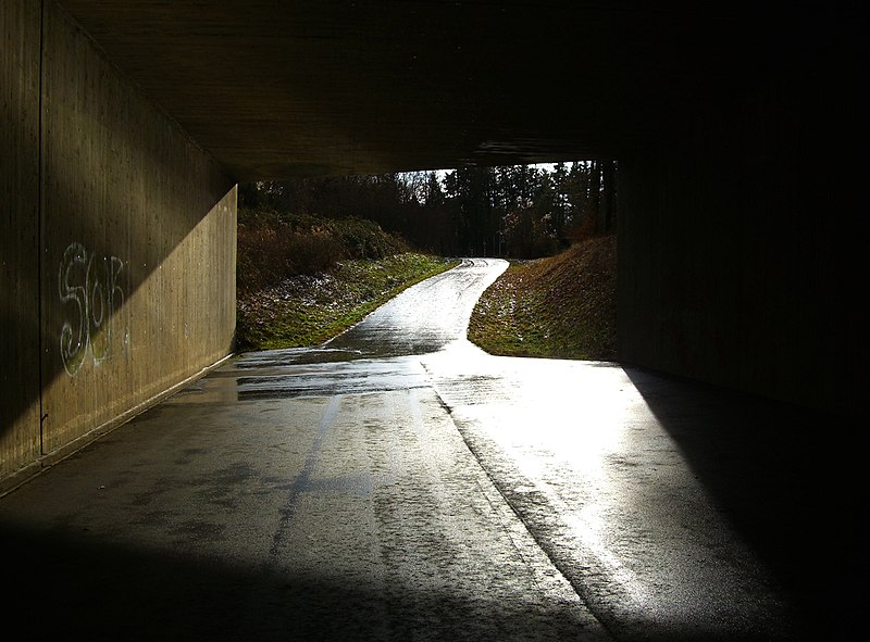 File:Light At The End Of The Tunnel - panoramio.jpg